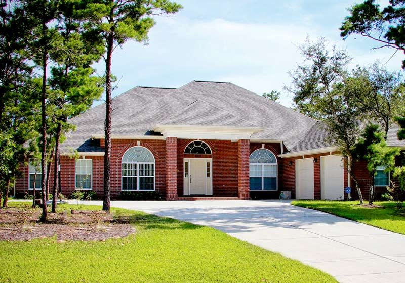 Reyes new home in holley by the sea, Navarre