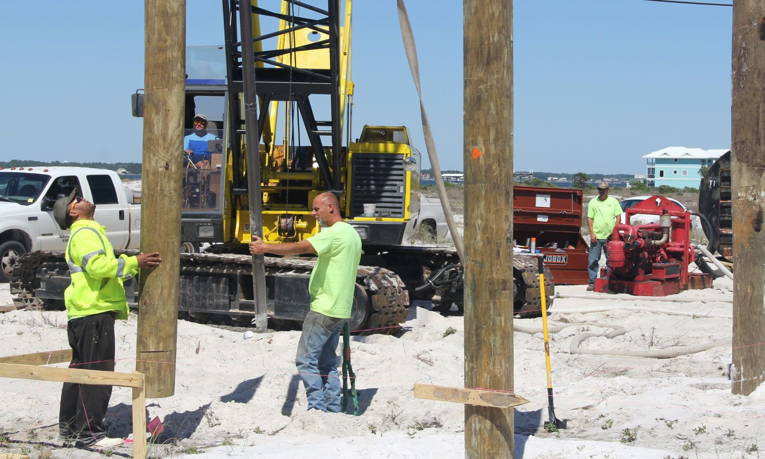 Moreland piling home on Navarre Beach by Acorn Fine Homes